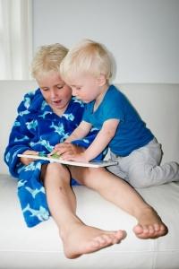 preschoolers reading